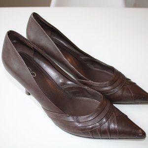 Vintage Aldo Brown Leather Pointed Toe Heels